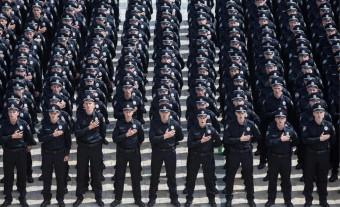 комісії поліція